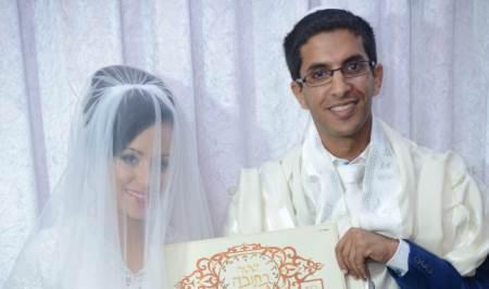 הודיה אלמקייס עם החתן ביום של חתונה